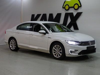 käytetty VW Passat Sedan GTE Plug-In Hybrid 160 kW (218 hv) DSG ** Webasto / Adapt.vakkari / Nahka/alcantara / P-kamer