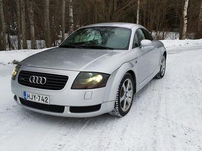 käytetty Audi TT quattro 225