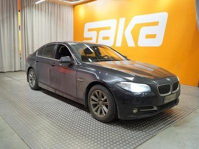 käytetty BMW 520 520 F10 Sedan d A xDrive Business Exclusive ** Suomi-Auto / Xenon / Sporttinahat / Ratinlämmitin / Ju