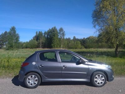 käytetty Peugeot 206+ aj vain 145 tkm