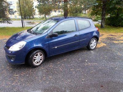 käytetty Renault Clio vm 07