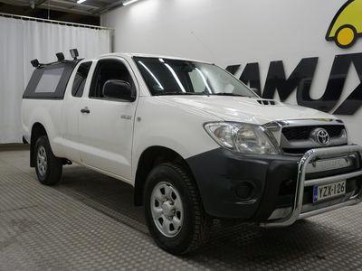 käytetty Toyota HiLux Extra Cab 2,5 D-4D 4WD 144 DLX / SUOMI-AUTO / WEBASTO / VETOKOUKKU / VAKKARI