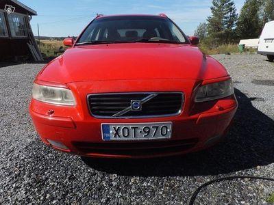 käytetty Volvo V70 2.5 turbo -05