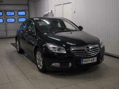 käytetty Opel Insignia 2.0 CDTi 96 Cosmo 4-ov A HUIPPU varusteilla, JUURI KATSASTETTU
