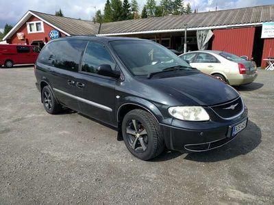 käytetty Chrysler Grand Voyager Tila-auto -01