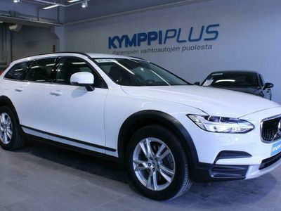 käytetty Volvo V90 CC D4 AWD Business aut - ** RAHOITUSKORKO 1,49% ** - Webasto / Navi / Adapt.Cruise / Koukku / On Call / LED