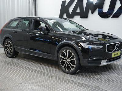 käytetty Volvo V90 CC D4 AWD Aut / Vetokoukku / Adaptiivinen vakionopeudensäädin / Kaistavahti //