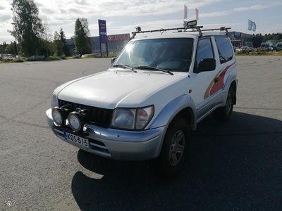 käytetty Toyota Land Cruiser 3.0 huoltoauto.