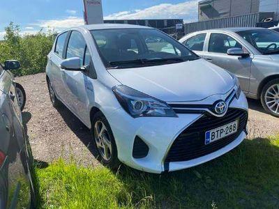 käytetty Toyota Yaris 1,5 Hybrid Active 5ov ** Suomi-auto / Peruutuskamera / Navi / Lohkolämmitin **