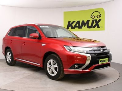 käytetty Mitsubishi Outlander P-HEV Instyle Navi 4WD // 360-kamera / Vetokoukku / Lämmitettävä ratti ja tuulilasi //