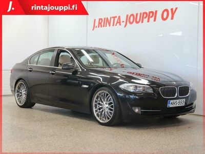 käytetty BMW 535 A F10 Sedan *PANORAMA LASIKATTO / NAHAT / SPORTTIPENKIT / KULJ. ISTUIN MUISTILLA YMS.*