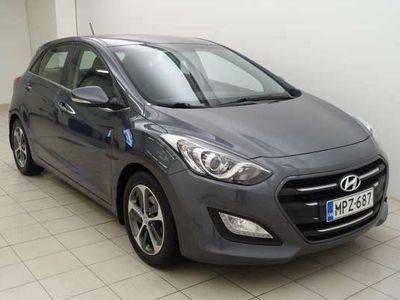 käytetty Hyundai i30 1,6 7DCT-Automaatti ** NAVI / P-KAMERA / LÄMMITETTÄVÄ OHJAUSPYÖRÄ **