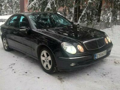käytetty Mercedes E200 E 4DKOMPRESSOR - Suomi-auto, 1 käyttäjä, merkkihuollettu ja katsastettu. Hinta/kilometrisuhde kohdallaan