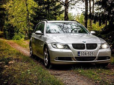 käytetty BMW 320 i Hyvin pidetty ja toimiva yksilö