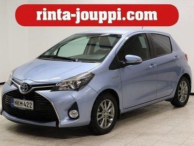käytetty Toyota Yaris 1,5 Hybrid Active 5ov (MY16) - **Hybridi, Navigointi, Peruustuskamera, Bluetooth! Ensimmäiseltä omis
