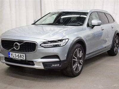 käytetty Volvo V90 CC D5 AWD Pro aut*Navi*360 kamera*B&W audio* VOC*Nahat*Säk.vetokoukku+takaluukku*Mukautuva-vakkari*