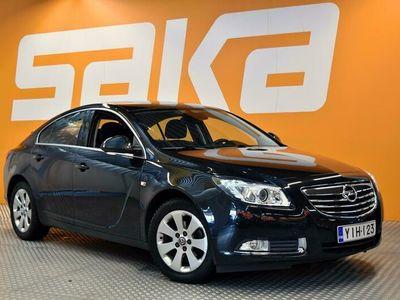 käytetty Opel Insignia 5-ov Black&White Edition 1,4 Turbo ecoFLEX ** Navi / Tutkat / Xenon / Lohkolämmitin ja sisäp. **