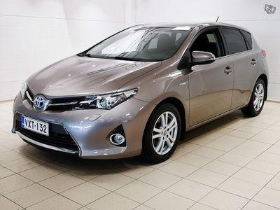 käytetty Toyota Auris 1,8 Hybrid Active Edition 5ov *KORKOTARJOUS 0,95%+KULUT*