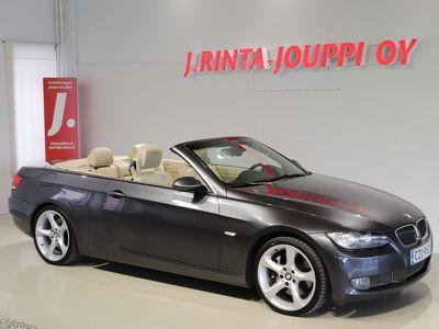 käytetty BMW 335 Cabriolet E93 306 HV *Suomi-auto / Comfort acces / Prof.navi / Dynamic Xenon / Sport nahat*