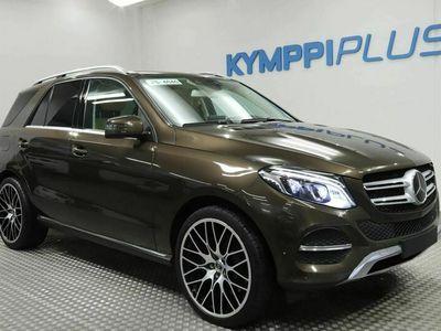 käytetty Mercedes GLE500 e 4Matic Plug-In Hybrid - ** RAHOITUSKORKO 1,49% ** - Nahat / Navi / Kamera / Panoraama / Sähköluukku / LED / ACC