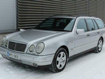 käytetty Mercedes E320 Kombi Avantgarde 3,2 V6 7h 4MATIC Automaatti