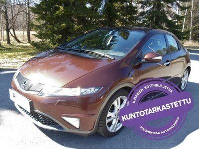 käytetty Honda Civic *KOTIINTOIMITUS*1.8i Sport 103kW Aut 5D. Tarkastettuna, Rahoituksella, Kotiin toimitettuna!