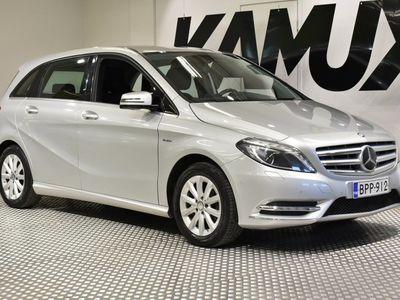 käytetty Mercedes B180 BE Premium Business / Suomi-auto / Lohko ja sisälämmitin / Koukku / Kamera / Älä ohita tätä!