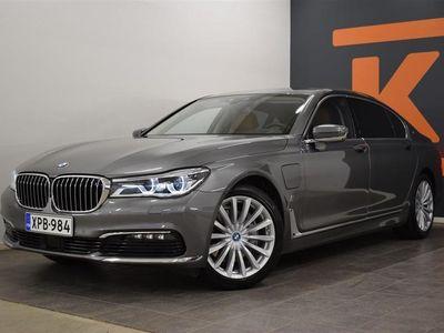 käytetty BMW 740 e LxDrive / Adapt.vakkari / 360 Kamera / Bowers&Wilkins / HUD / TV / Soft-Close / Ambient Air / Lase