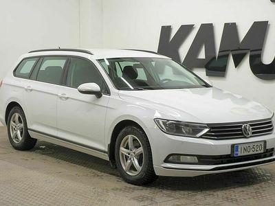 käytetty VW Passat Variant Trendline 1,6 TDI 120 hv DSG-automaatti // Tutkat / Webasto / vak. säädi //