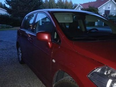 käytetty Nissan Tiida 5d Acenta 1,6