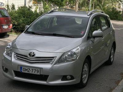 used Toyota Verso 2010