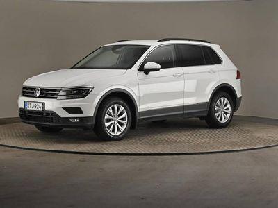 käytetty VW Tiguan Comfortline 2,0 TDI SCR 110 4MOTION (18) - Ledit, Webasto. ergoActive istuin-