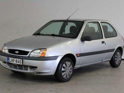 käytetty Ford Fiesta 1,3i Limited 3d - Siisti ja vähän ajettu Fiesta!