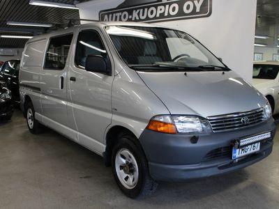 käytetty Toyota HiAce 2,5 D-4D 100 5ov pitkä 4WD *ALV / Vetokoukku / Suomi-auto*