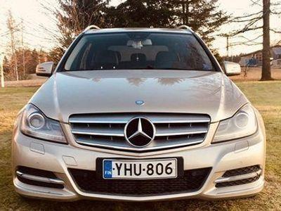 käytetty Mercedes V200 200cdi,avantgarde