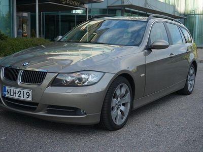 "käytetty BMW 330 E91 d Automaatti Touring 231hv 2x17"" alut"