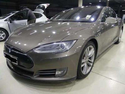 käytetty Tesla Model S 85D / Autopilot / GEN 2 istuimet /