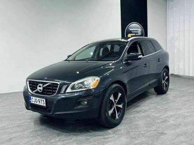 käytetty Volvo XC60 D5 AWD SUMMUM AUT **NAVI, NAHAT, KOUKKU, 2X ALUT & KORKO 1,99%**