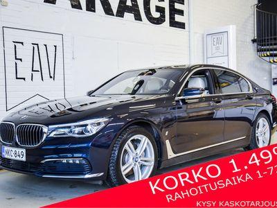 "käytetty BMW 740 740 e iPerformance "" TÄYTEEN LADATTU "" / Lazer-led / Aktiivi-ohjaus / Soft-close / Key-less / Panorama / JNE...JNE / Korko 1,99 %"