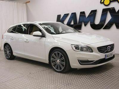 käytetty Volvo V60 D4 AWD Business Summum aut / Pa-lämmitin / Adapt. Cruise / Keyless / Blis / Nahat