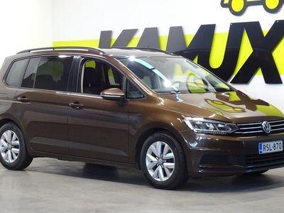 käytetty VW Touran Comfortline 1,6 TDI 85 kW (115 hv) / Istuimet 7:lle / Juuri huollettu / Navi