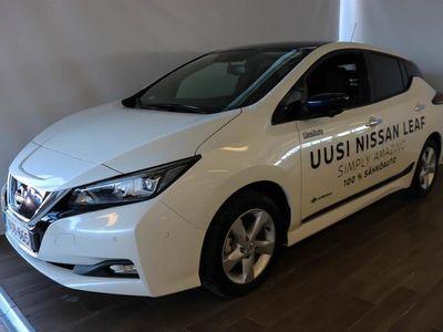 käytetty Nissan Leaf Tekna 40 kWh Leather ProPilot Park 2-tone FI ** Etusi uuteen vastaavaan 9000EUR **