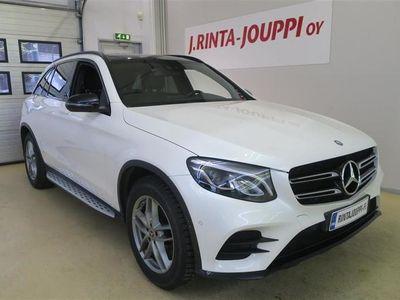 käytetty Mercedes GLC250 d 4Matic Autom, AMG ULKO- JA SISÄPAKETTI, Panoramalasikatto, LED, Lisäläm+ajastin,