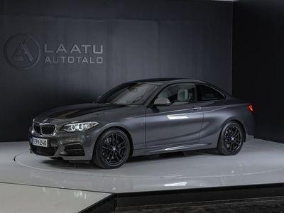 käytetty BMW M240 M240i F22 CoupeA xDrive *0% KORKO! *Shadowline *Hifi *Nahat *Muistit *Professional navi *Lohko/sisä
