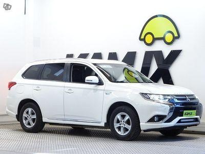 käytetty Mitsubishi Outlander P-HEV FleetEdition 4WD 5P Nahka/Alcantara, 2x renkaat!