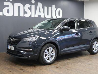 käytetty Opel Grandland X Comfort 130 Turbo MT6 **IntelliLink-Multimedia, ACC, Tutkat, Sadetunnistin** **** LänsiAuto Safe -sopimus hintaan 590€. ****