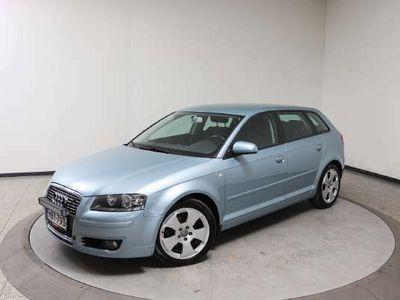 käytetty Audi A3 Sportback Ambition 1,8 TFSI 118 kW - Automaatti-ilmastointi, Vakionopeudensäädin, Juuri huollettu
