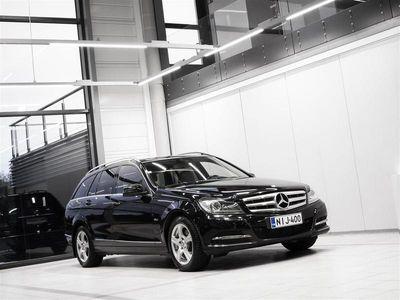 käytetty Mercedes C220 CDI BE Touring Aut + Bluetooth + Navi + BiXenon + Tutkat + Vetokoukku