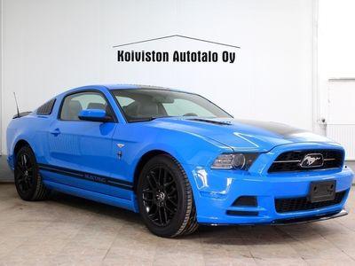 käytetty Ford Mustang USA3.7L V6. Upea auto. Edullinen rahoitus.