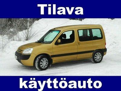 käytetty Peugeot Partner XT 1.6 Wagon !! TILAVA JA HYVÄKUNTOINEN KÄYTTÖAUTO !!